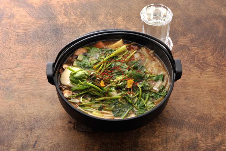 新たな鍋の新定番!?酒鍋でさらに日本酒を楽しもう!① 「ぶりあら炊きと香味野菜の酒鍋」