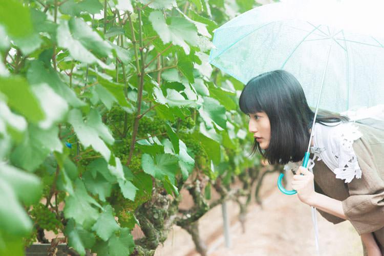 橋本愛さんが熊本で初・飲み旅! おいしいワインとおつまみを巡る旅へ①