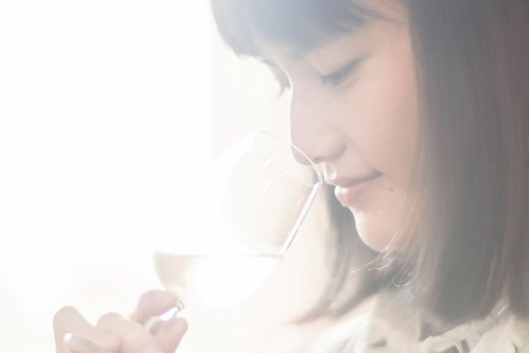 橋本愛さんが熊本で初・飲み旅! おいしいワインとおつまみを巡る旅へ⑥ [橋本愛さんインタビュー]