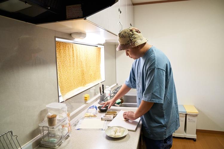 台所は自由に使用可能で、暮らすように泊まれるのが魅力です